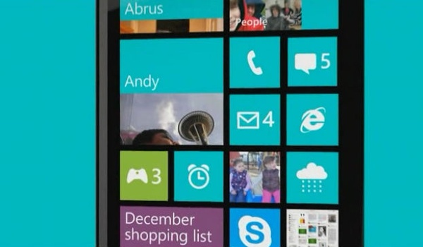Microsoft denkt aan gratis versies Windows Phone en Windows RT
