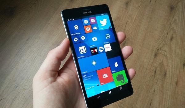 Review: Windows 10 Mobile is opgepoetst maar mist nog steeds apps