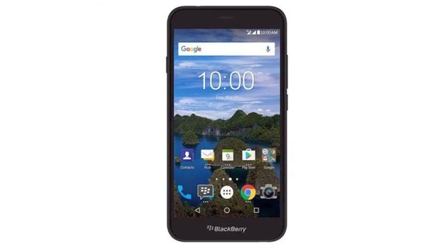 Middenmoter BlackBerry Aurora duikt op