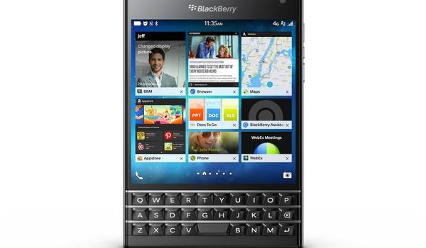 Blackberry gaat voor vierkant met nieuwe Passport