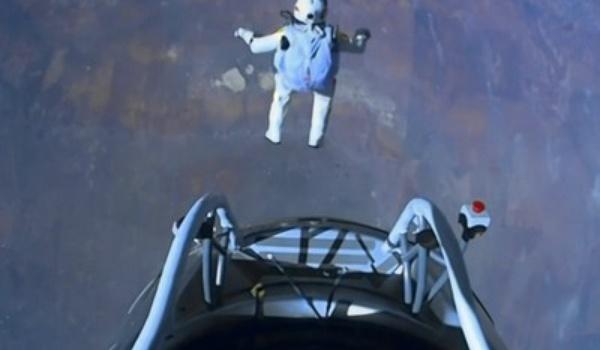 Spacejumper breekt YouTube-record
