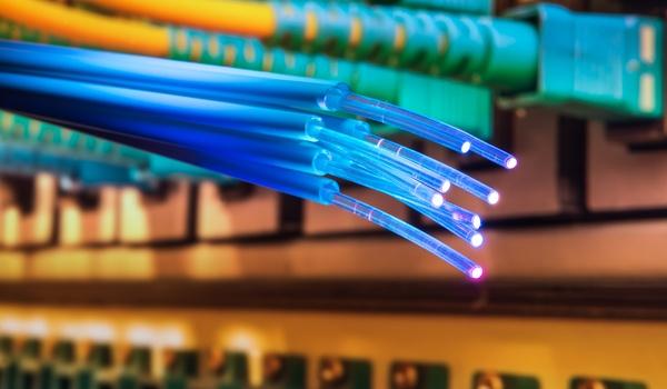 Glasvezel versus kabel: dit is wat je moet weten