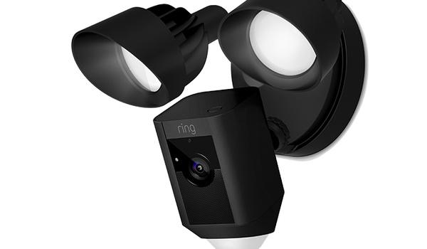 Floodlight Cam uitgerust met schijnwerpers