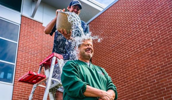 ALS-stichting wil Ice Bucket Challenge als handelsmerk