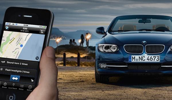 'Apps voor bedienen auto niet veilig genoeg'