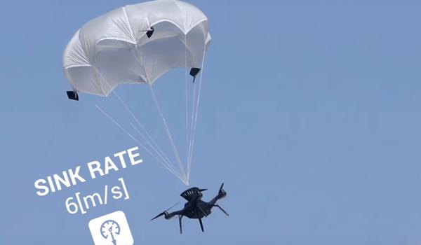 Veilge dronelanding met parachutes van ParaZero