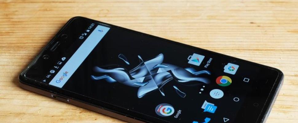 Review: De OnePlus X is een goede, maar onnodige telefoon