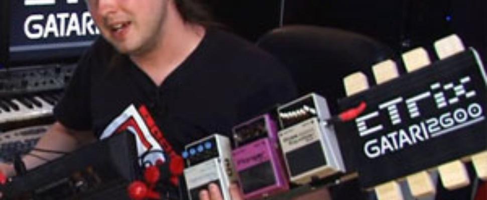 Atari 2600 omgebouwd tot elektrische gitaar