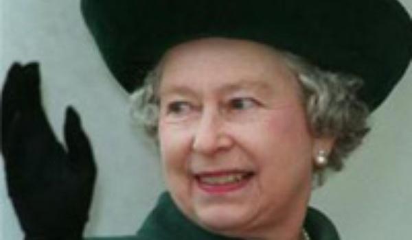 The Queen betreedt Facebook