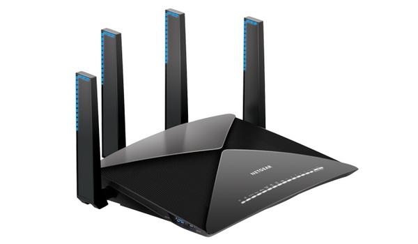 Nighthawk X10-router uitgerust met Plex