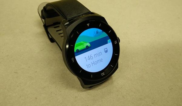 Zo moet je je Android Wear-smartwatch updaten