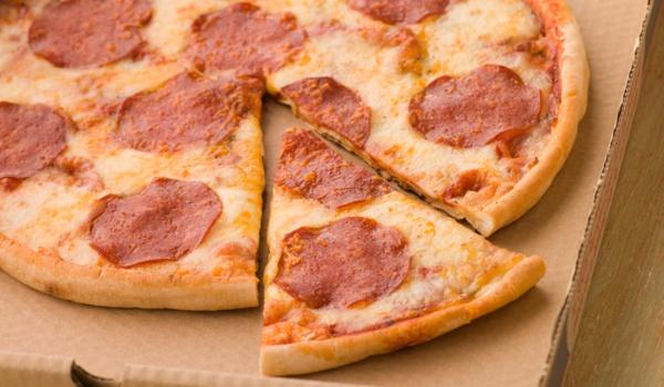 App voor luilakken: Push for Pizza