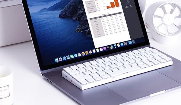 NuType F1 geeft laptops mechanische toetsen