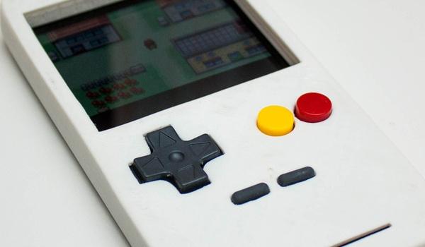 EmuCase maakt van iedere smartphone een Game Boy