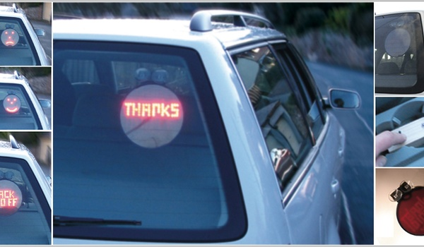 In plaats van de middelvinger: emoticons in de auto