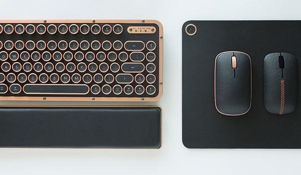 Azio RCK Keyboard: typemachine met vleugje leer