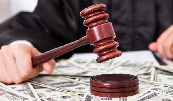 Pornoproducent wint rechtszaak tegen downloader