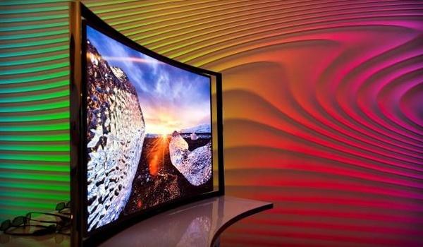 Samsung en LG presenteren grootste gebogen tv's ooit