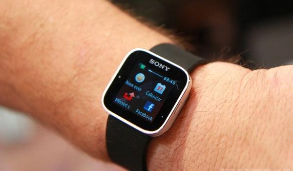 Horlogeverbod op Belgische school uit angst voor smartwatchspiekers