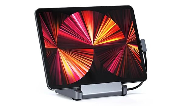 Poortuitbreiding voor iPad Pro met Satechi-stand