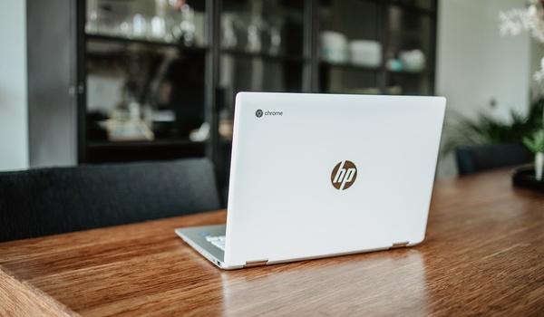 Zo stel je een Chromebook in