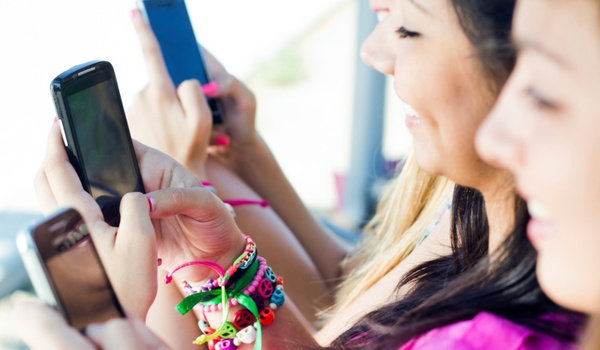 'Smartphoneverslaafde studenten halen onvoldoendes'