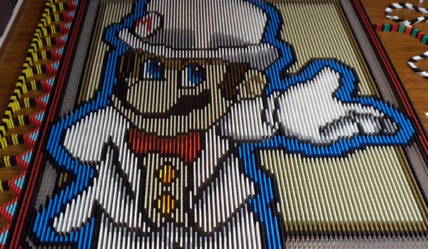 150.000 vallende domino-steentjes voor nieuwe Mario-game
