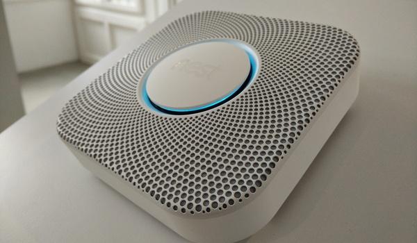 Nest-thermostaten en -rookmelders gaan locatiegegevens gebruiken
