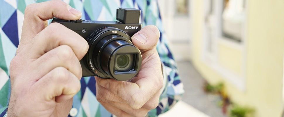 Sony Cyber-shot HX90 is compactcamera met draailens