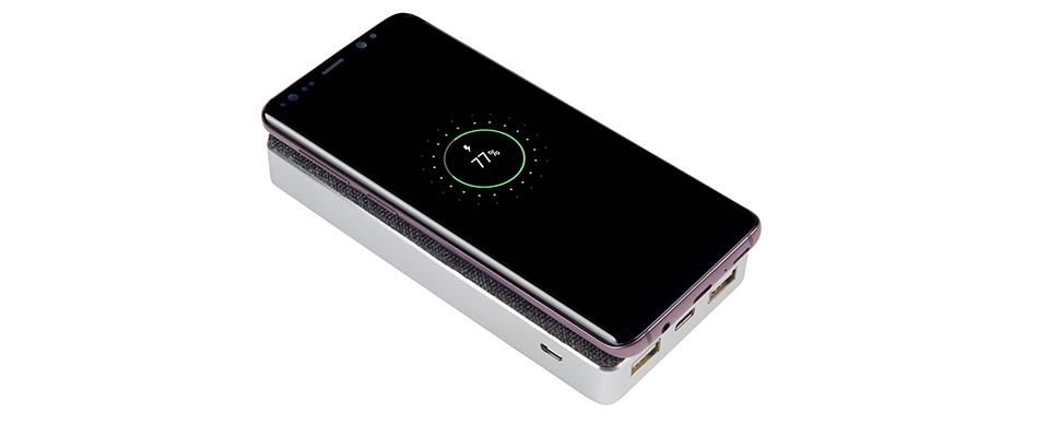 Win een Power Bank Wireless 8000 (QI) Wave van Xtorm