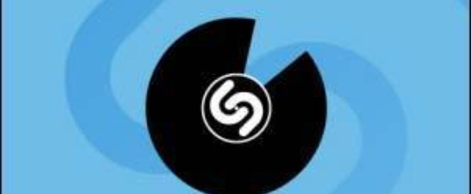 Politie Duitsland maakt 'nazi-Shazam' om verboden liedjes op te sporen