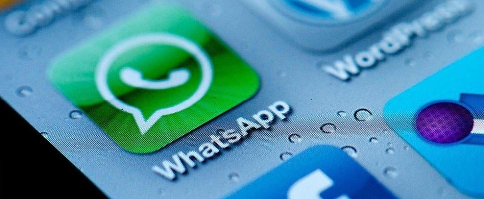 Gaat WhatsApp echt je gesprekken aan Facebook geven?