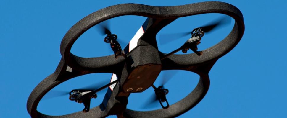 Drone tracht drugs binnen te smokkelen