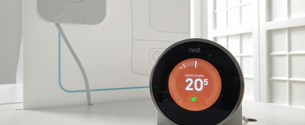Slimme Nest-thermostaat te bedienen met Google Now
