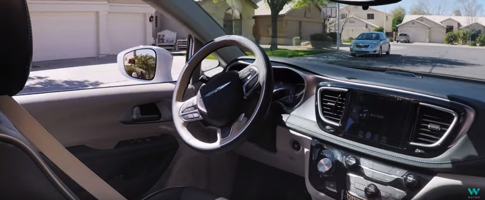 Zelfrijdende auto Google rijdt Amerikanen rond