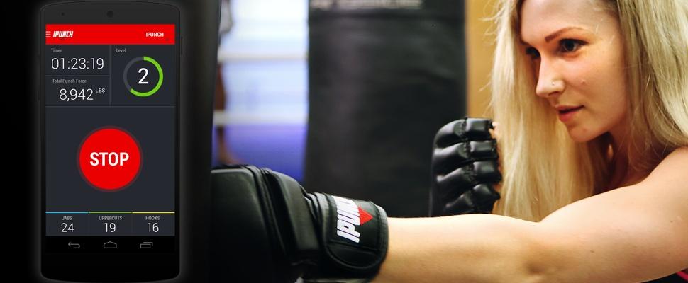 Slimme bokshandschoenen meten hoe hard je slaat