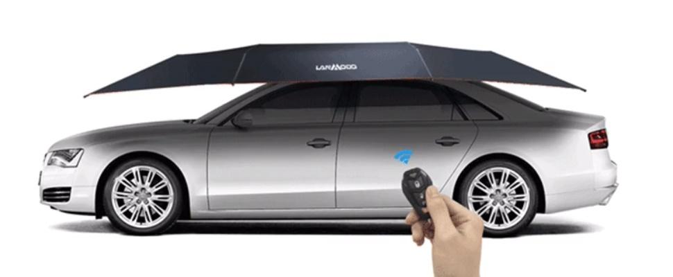 Auto-paraplu laadt tevens smartphone op