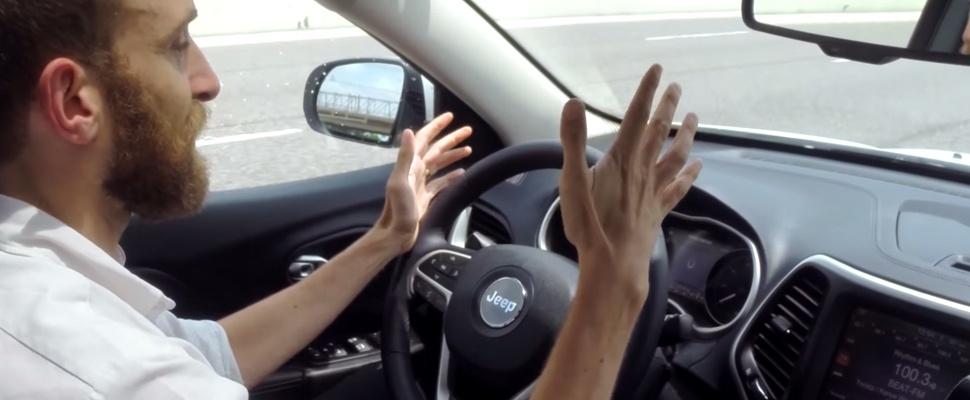 Hackers brengen auto draadloos tot stilstand op snelweg