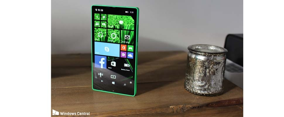 Onuitgebrachte Windows Phone duikt op: Lumia 435