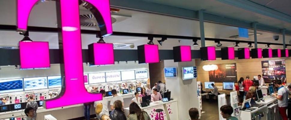 T-Mobile werft 54 duizend extra klanten maar ziet omzet en winst dalen