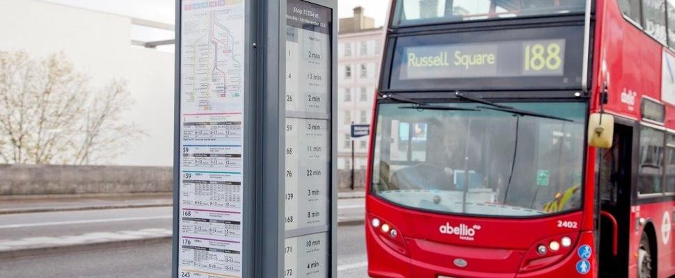 Bushaltes Londen altijd up-to-date door ePaper-scherm