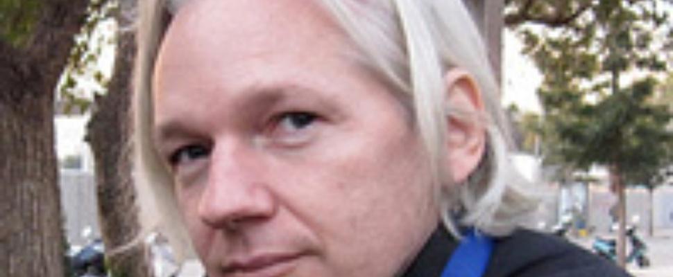 Assange verkoopt rechten boek voor $1.5 miljoen