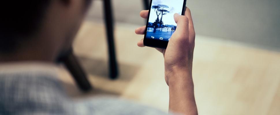 Kwart van Nederlandse 75-plussers heeft smartphone