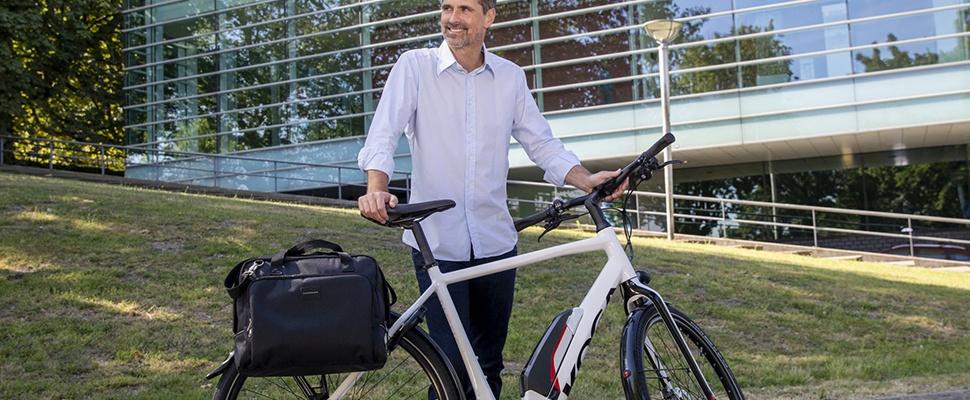 Win een Postino Nova-fietstas met laptopvak van New Looxs