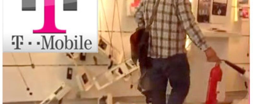 T-Mobile winkel in puin door boze klant
