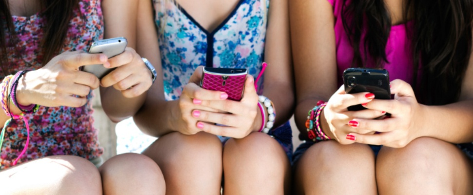 Nederlandse tieners laten massaal Facebook schieten